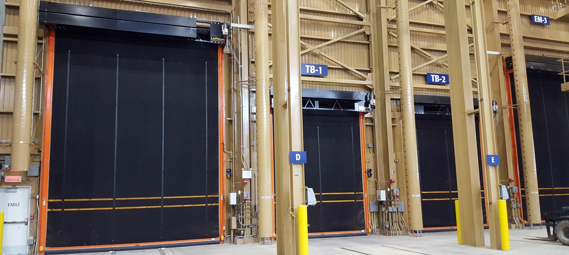Le bon coin porte de garage awesome les panneaux sont en for Porte de garage enroulable le bon coin