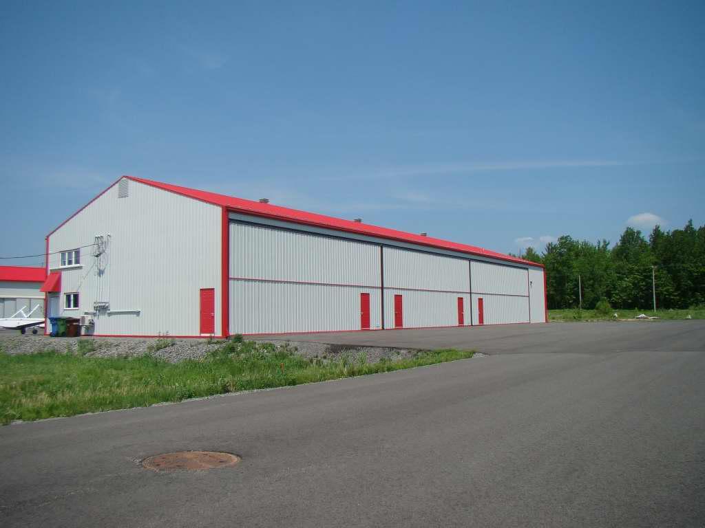 Portes de garage lafleur industrielles et rsidentielles for Porte hangar